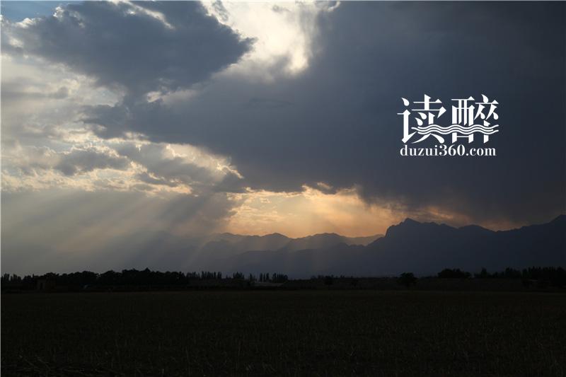 榨季 · 贺兰山下的行走 (一)