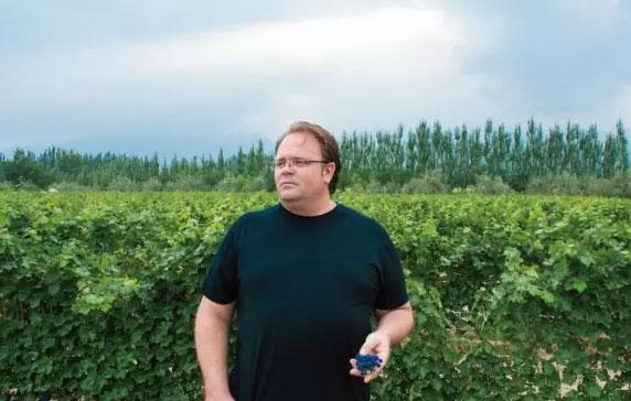 """兰一酒庄布莱恩•奇斯伯勒:来自美国的""""年度最具潜力酿酒师"""""""