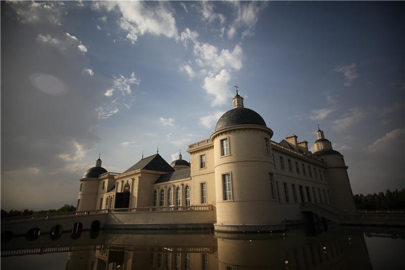 中国宁夏张裕摩塞尔十五世酒庄进驻英国三大酒商